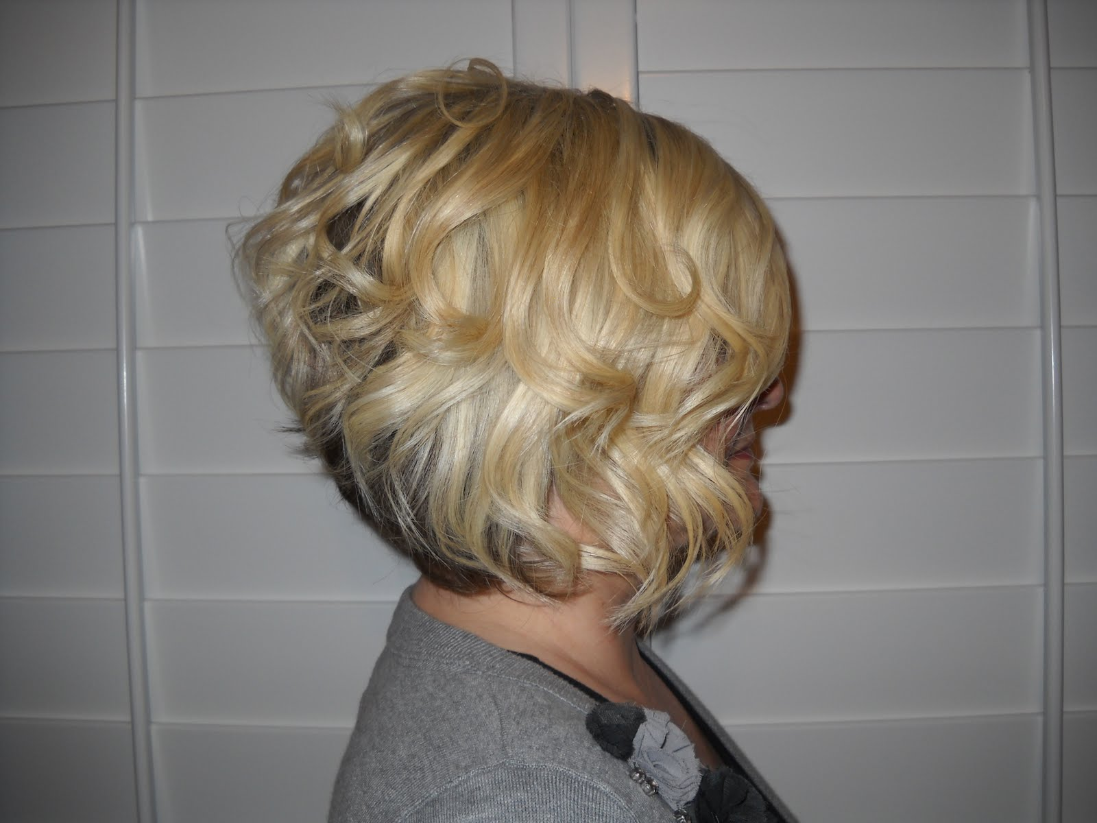 Kelsey K Creations: Soft Pretty Curls For Short Hair