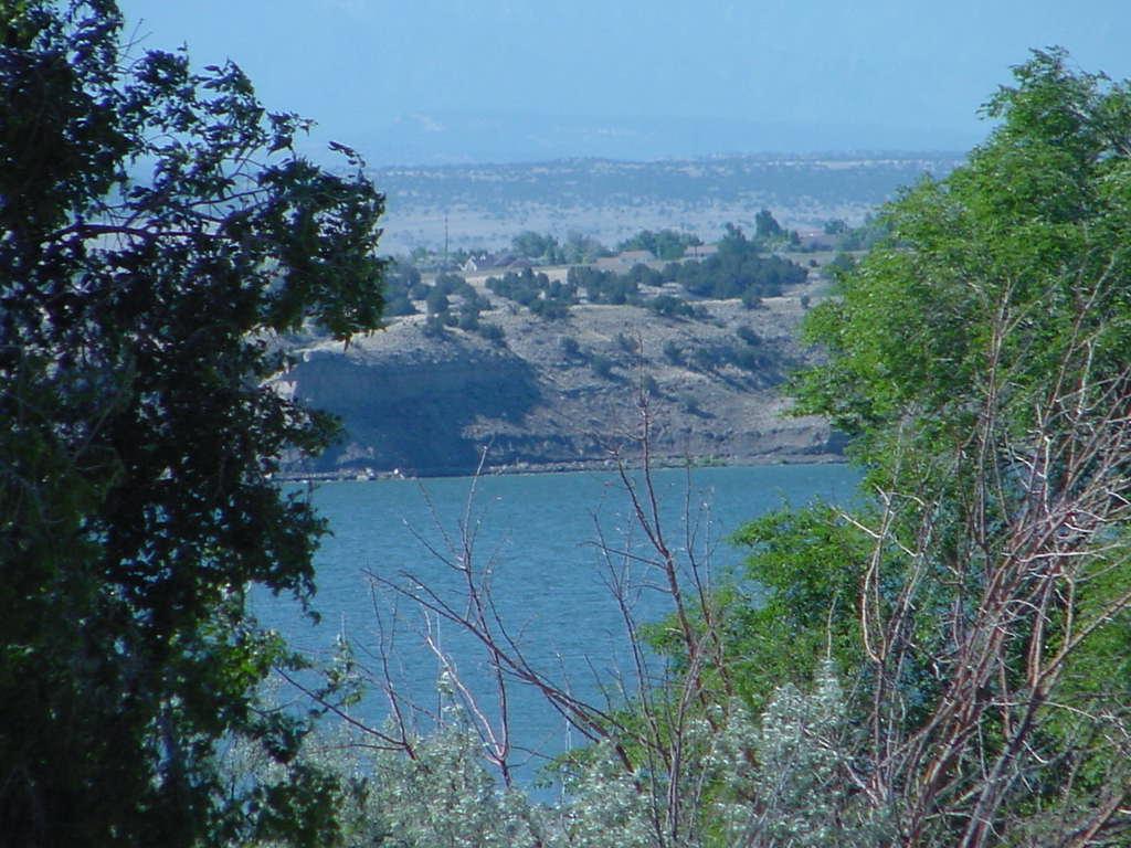 wyoming roaming lake pueblo state park co