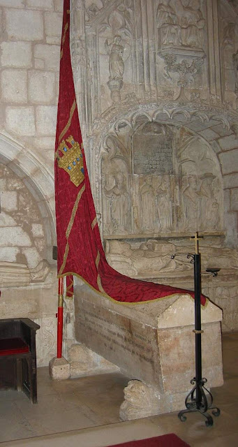 Túmulo de Don Fernán Gonzalez, Covarrubias, cruzadas, 1º conde de Castela
