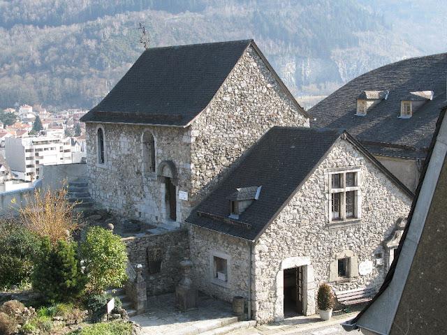 Capela do castelo de Lourdes, Idade Media