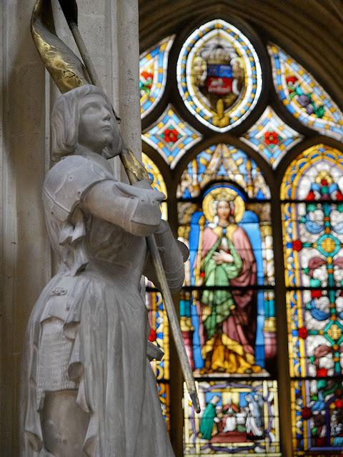 Santa Joana d'Arc, St Eustache, Paris, Herois medievais