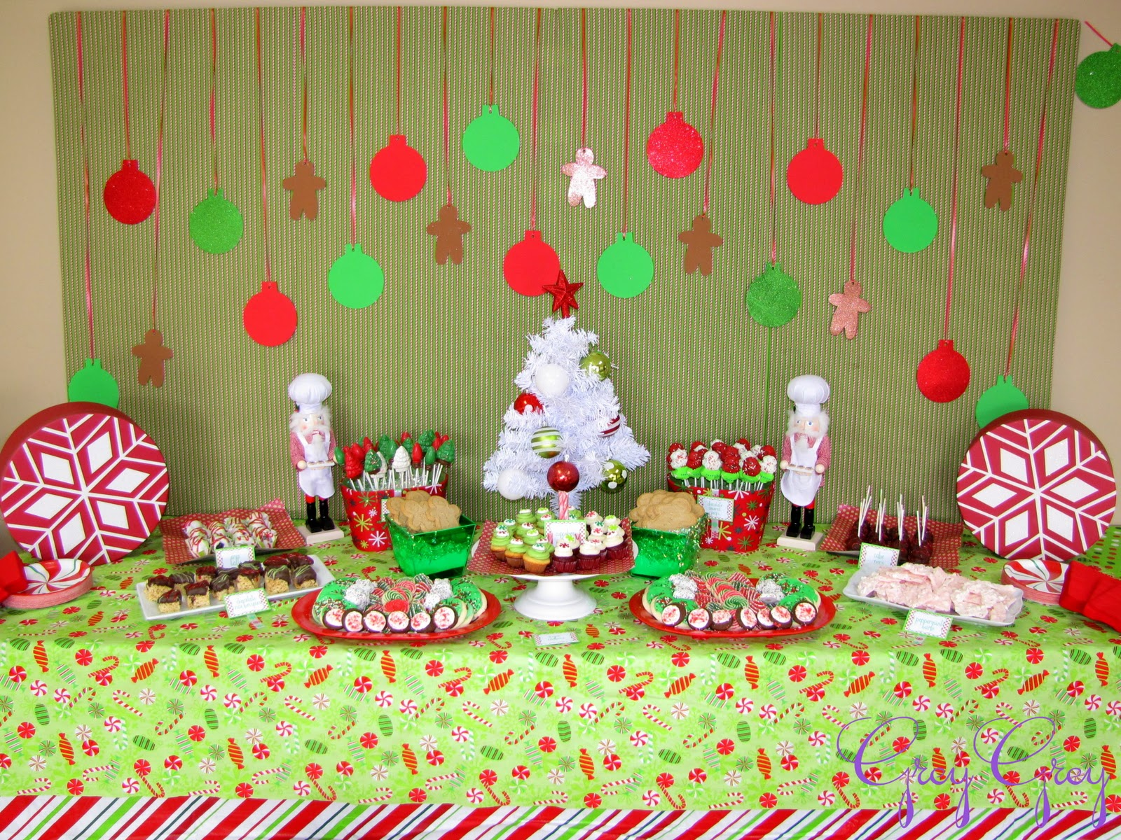 lovely greygrey designs my parties cookies with santa party sw32