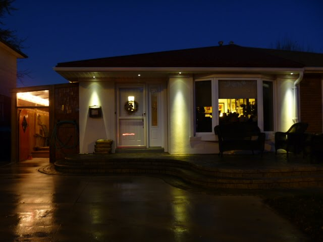 warm white led soffit lighting in the