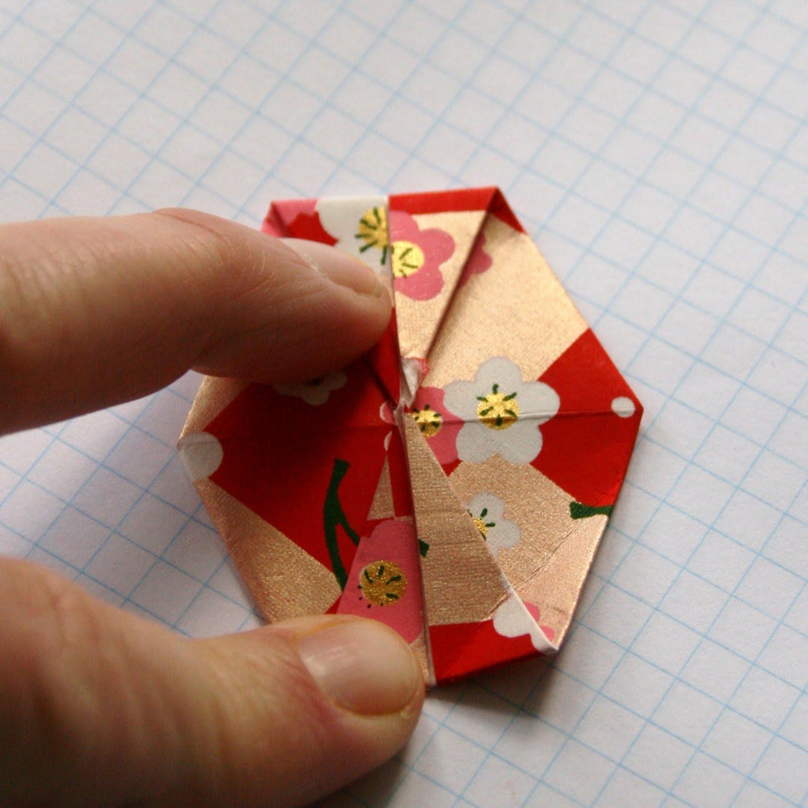 vervlogendagentutorials: Origami Valentine Garland Tutorial - photo#49