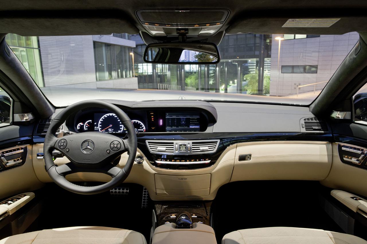 http://1.bp.blogspot.com/_J3_liDBfbvs/TFU0udbQCmI/AAAAAAAAxRA/r2Idl-PbK8o/s1600/2011-Mercedes-Benz-S63-AMG-Interior-View.jpg