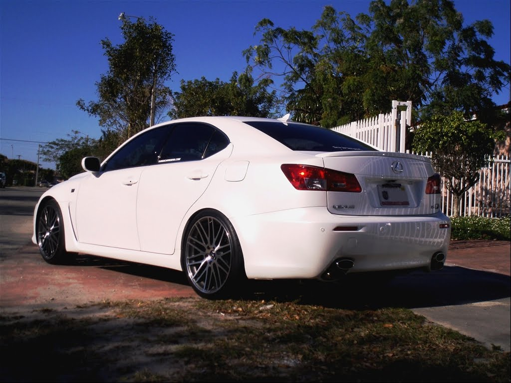 pimped cars lesxus isf with some nice looking rims