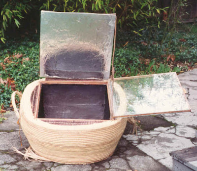 solar powered oven designs. familiar with solar ovens
