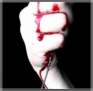 اشـٍـٍـٍـٍواكـٍـٍـٍ لاتـٍـٍـٍعرف)) الـٍـٍـٍـٍرحمة ولاتستطيـٍع قتلكـٍـٍ hand-bloodq.jpg