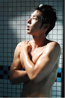 Vanness Wu shirtless shower scene