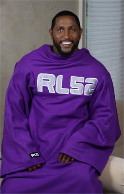 Ray Lewis wearing a snuggie