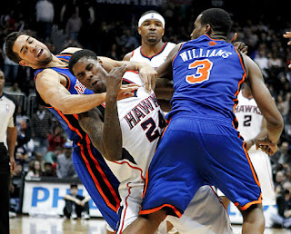Shawne Williams and Marvin Williams fighting