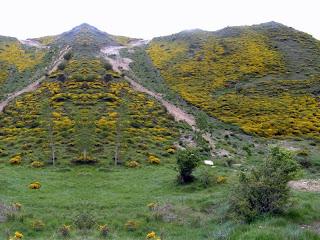 Imagen de los montes Obarenes realizada por Pitiklin y publicada en un álbum de Picassa