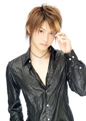 man...japanese HAIR **on top of their head**is so nice!!!!