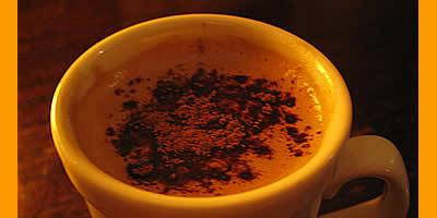"""""""Un café en tu mano, en cualquier momento""""."""