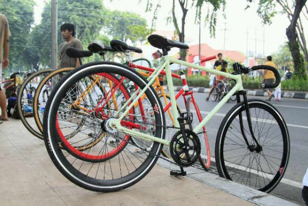 Indonesian Fixie Community: Februari 2011