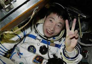 Yang Liwei Career As An Astronaut | RM.
