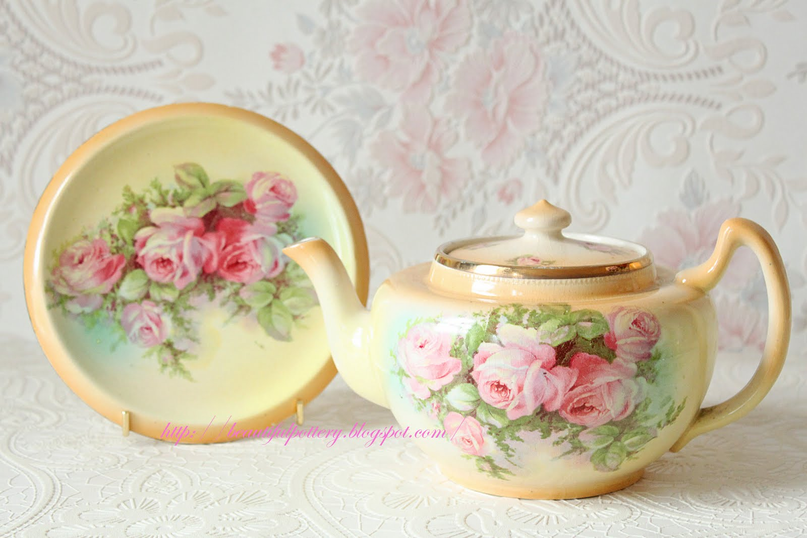 Beautiful Teapot Beautiful Pottery Vintage Teapot With Stand