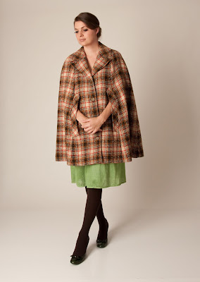 Coco Cherie Perfect Vintage Plaid Cape Style Coat For Fall