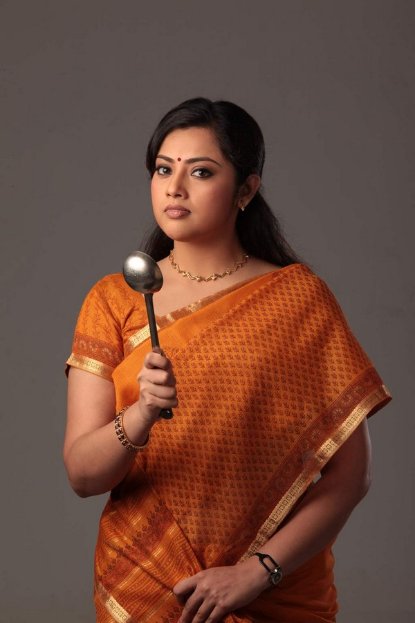 Meena Hot Aunty Latest Stills