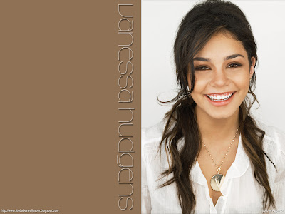Vanessa Hudgens photo