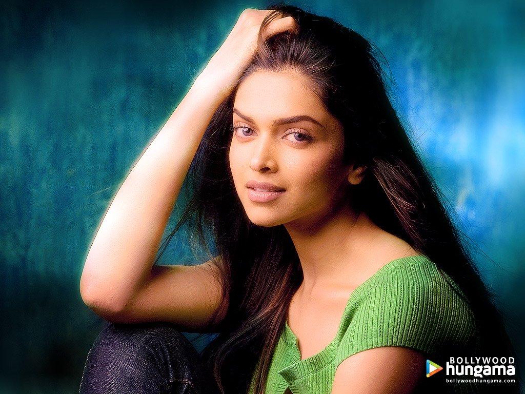 Beautifull Deepika Padukone | Watch Online New Movies Free ...