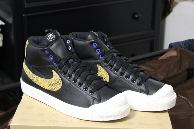 new concept 01847 f6951 NIKE X STUSSY ALL COURT MID