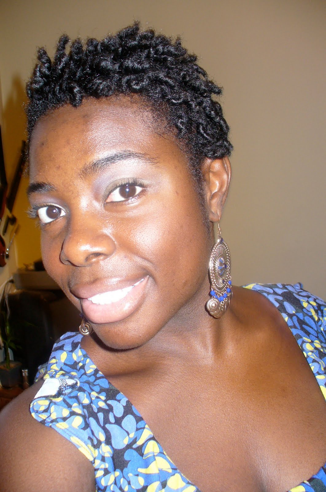 Small Afro Updo With Twists Hairstyle Kinkycurlycoilyme