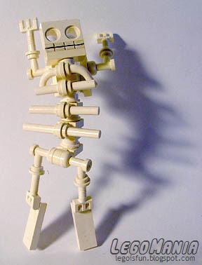 LEGO Skeleton Boy 3