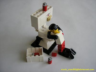 LEGO-Maxifig-on-toilet