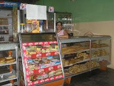"Panaderia y Pasteleria ""Hernández"""