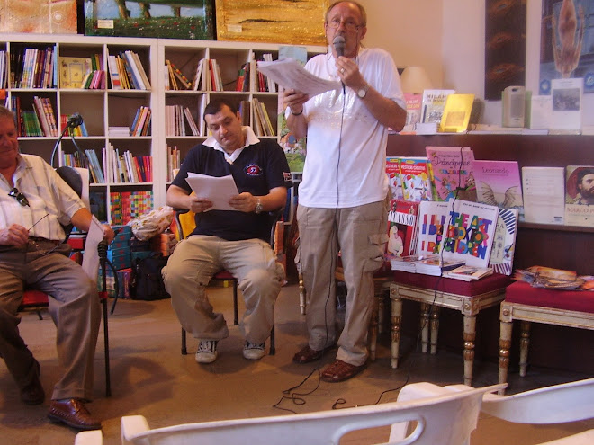 07072007 poesia e danza alla libreria del castello con acr il milanese ..Merzario... saluta e ringr