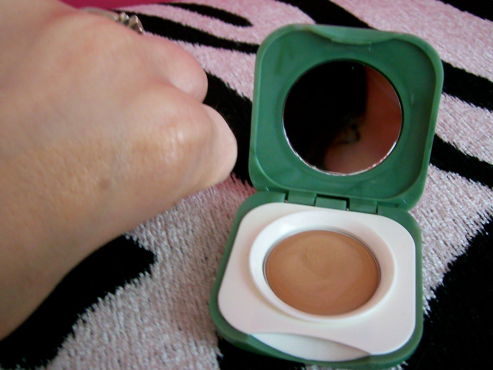 Touch Base For Eyes by Clinique #3