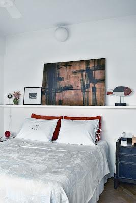 Kikettes white bedroom
