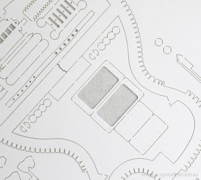 [BB-Blog]: Electric guitar paper model kit.