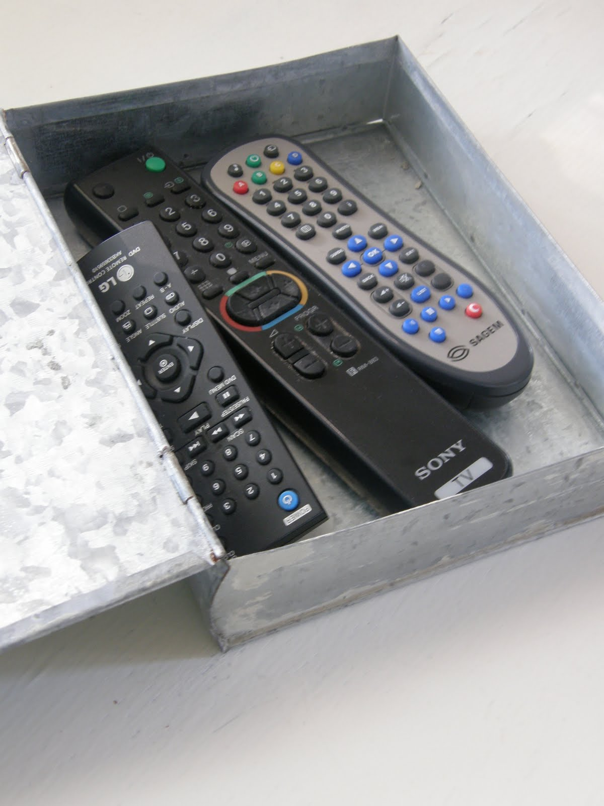 Great Ideas For Remote Control Storage