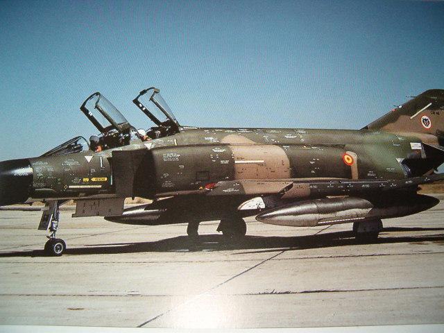 F4C 1/32 E.A.