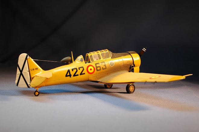 T-6 Texan E.A.