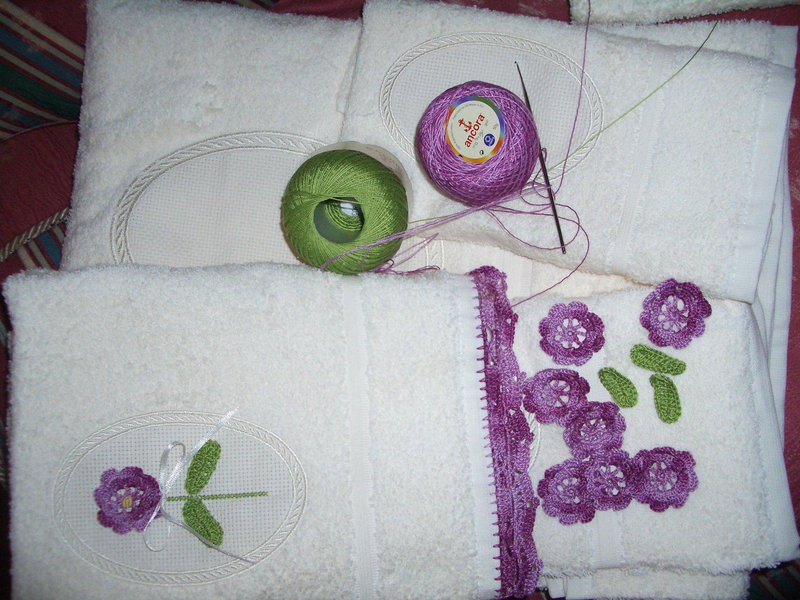 Servilletas bordadas y aplicacion en ganchillo o crochet - Aplicaciones en crochet ...