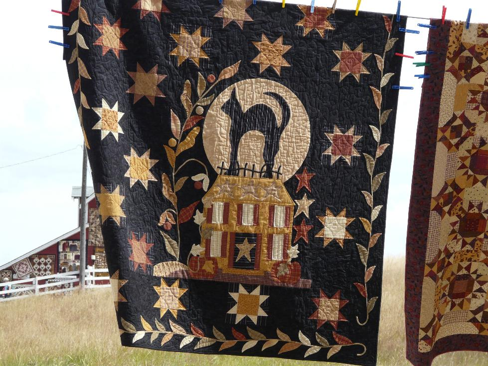 Hudson's Holidays - Designer Shirley Hudson: Buggy Barn quilt show : buggy barn quilt show - Adamdwight.com