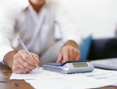 funcionário de contabilidade