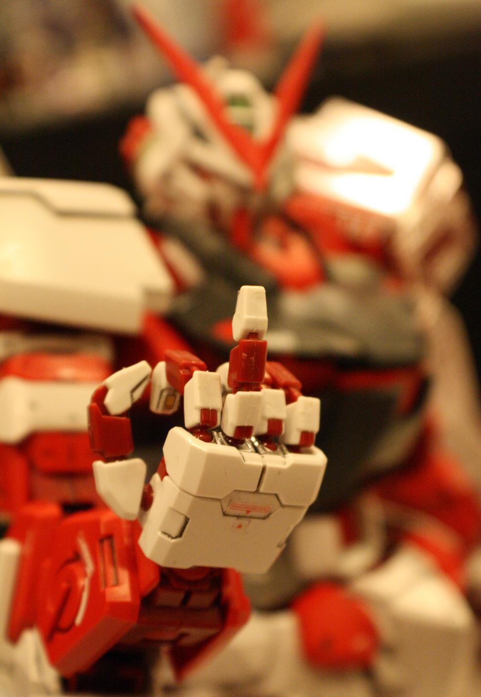 Gundam+Astray.JPG