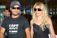 Tarkan and the singer's girlfriend Bilge Öztürk