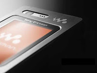 Turkish release of the Sony Ericsson W880, part of Sony Ericsson's successful Walkman series