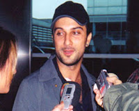 Tarkan with reporters