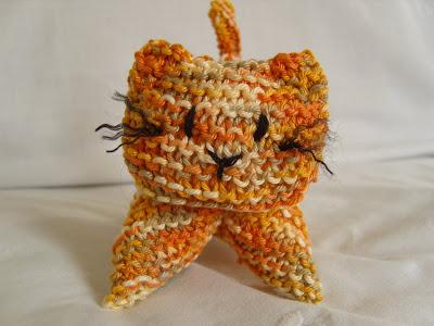 Marmaladerose Crochet Kitten Pattern
