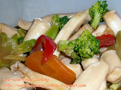 Squid and Broccoli in Oyster Sauce