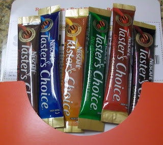 nescafe taster's choice review, instant coffee packets,