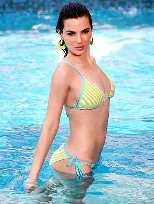Urvashi Sharma Hot Bikini Photos