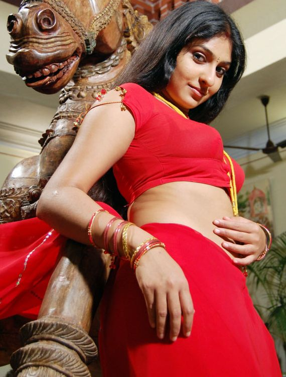 babe removing red saree sexy