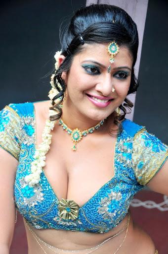 Slicypics Indian Actress Tamanna Bhatia Photos: Item Girl Taslima Sheikh Spicy Photo Gallery